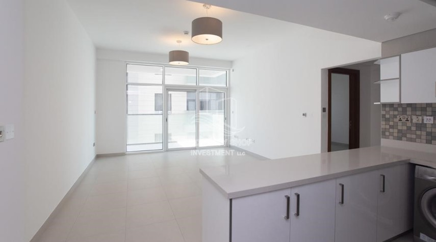 Dining Room-Spacious 1BR Apartment Available now in Parkside Residence!