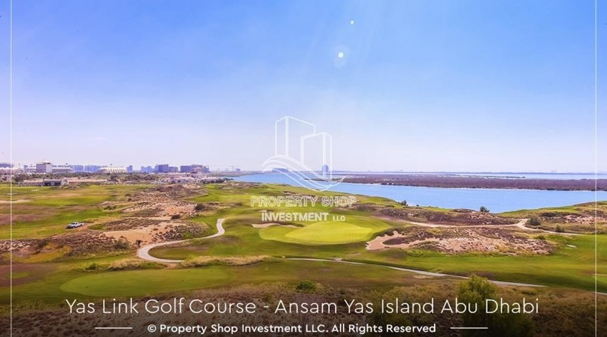 Community-3+M BR with Full Golf + Ferrari World View
