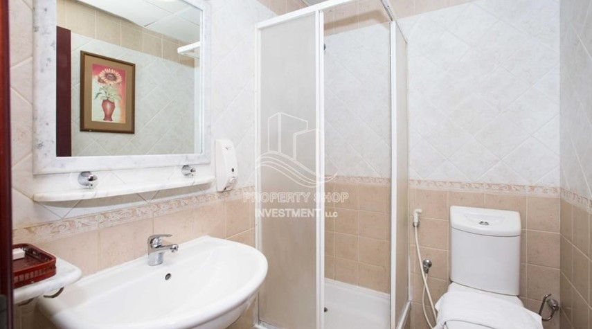 Bathroom-Stunning 2 BR  Hotel apartment for rent, 4 Cheques!