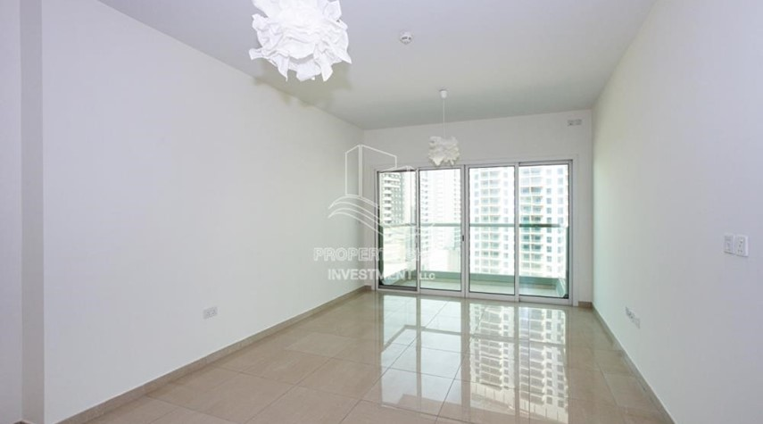 Living Room-0% No Commission fees! 3BR Apt with Stunning Sea View!