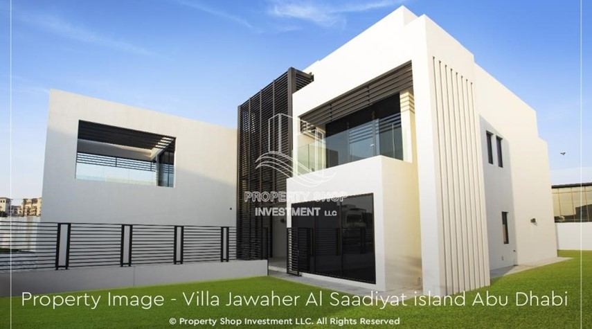 Property-Double Row, Corner villa with Maid's room.