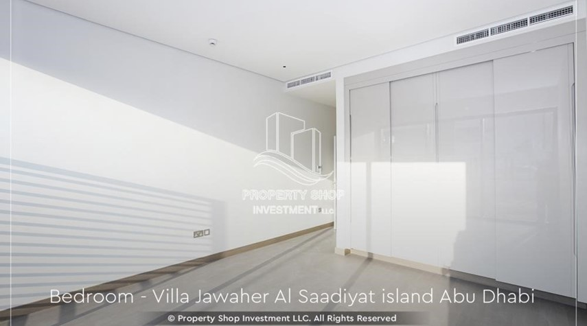 Built in Wardrobe-Double Row, Corner villa with Maid's room.