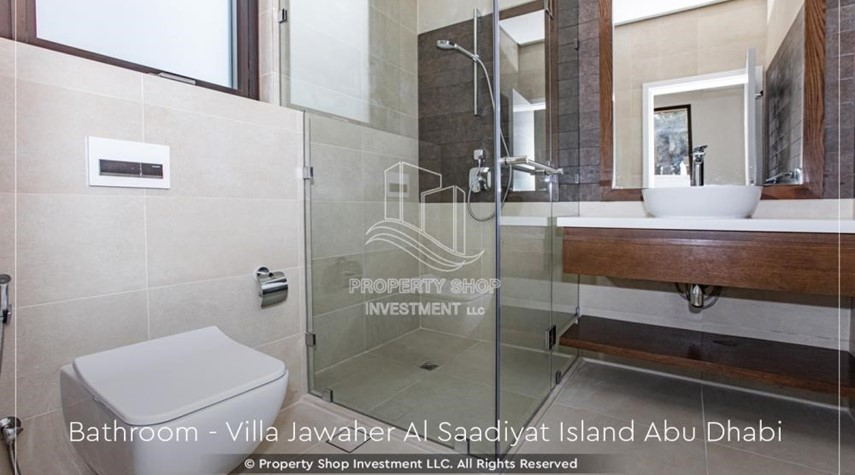 Bathroom-5BR+M villa overlooking golf course.