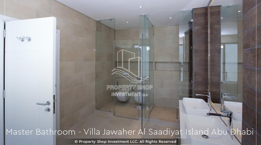 Master Bathroom-5BR+M villa overlooking golf course.
