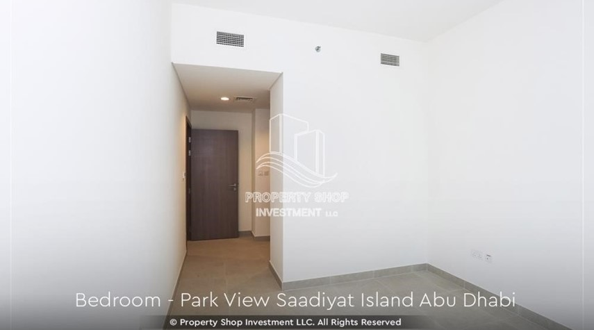 Bedroom-2BR+M Apt with huge balcony. Selling below original price.