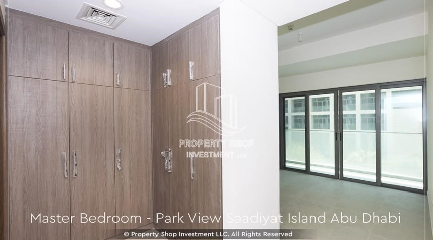 Built in Wardrobe-2BR+M Apt with huge balcony. Selling below original price.