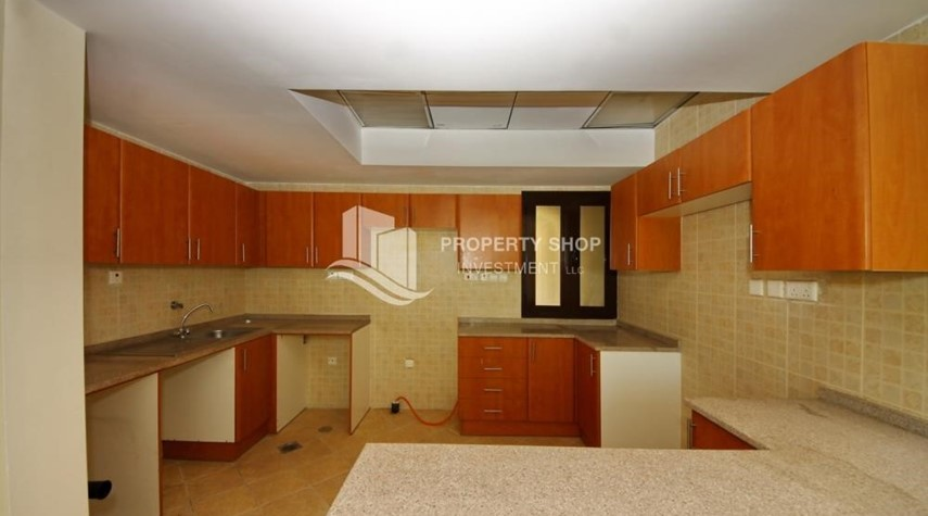 Kitchen-Creative interior design, 5BR+M Villa with Balcony, Terrace, 12 Payments