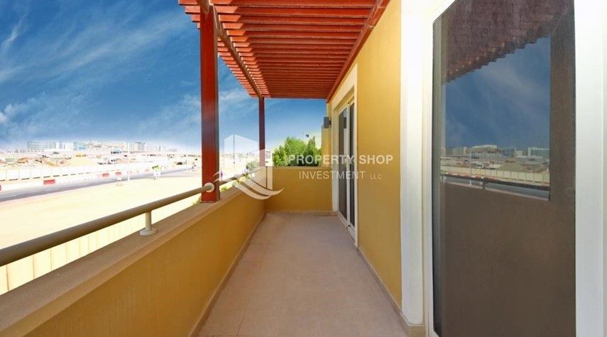 Balcony-Vacant Type S Villa with High ROI + Pvt Pool.
