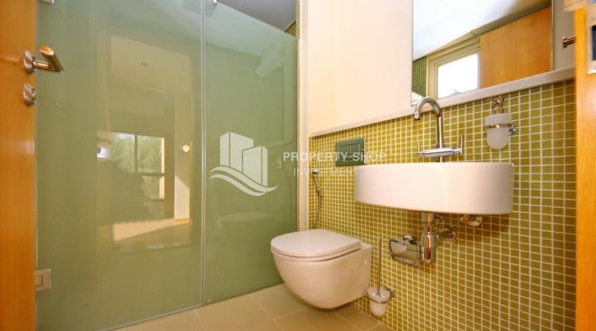 Bathroom-Vacant Type S Villa with High ROI + Pvt Pool.