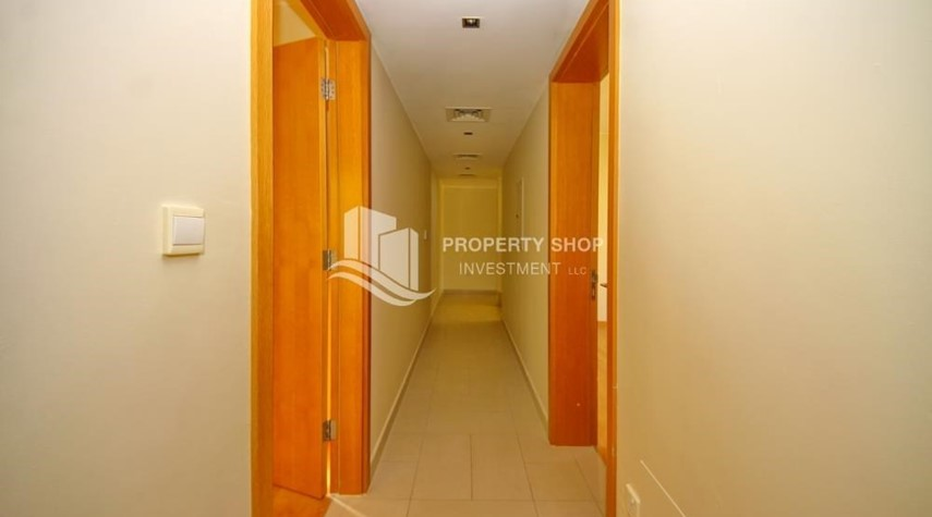 Corridor-Vacant Type S Villa with High ROI + Pvt Pool.