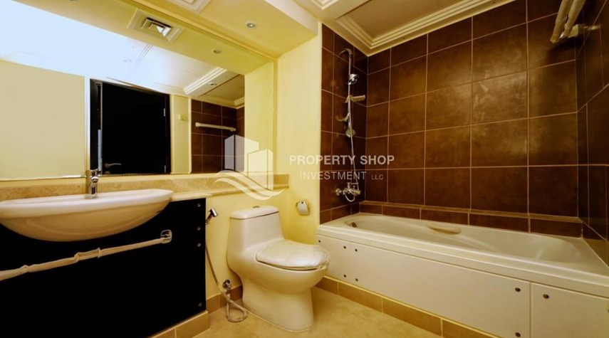 Bathroom-Big plot - corner size + Single row 4 BR Villa with wide terrace