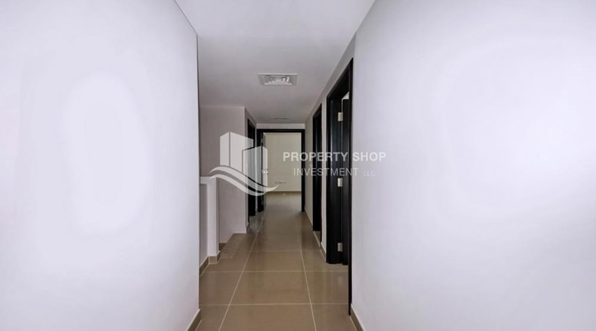 Corridor-Big plot - corner size + Single row 4 BR Villa with wide terrace