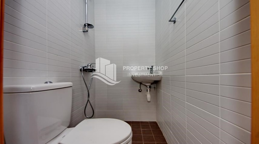 Bathroom-Invest Now, Canal View Apt with spacious living