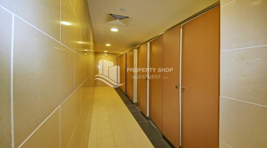 Facilities-Sea view Apt on mid floor vacant now!