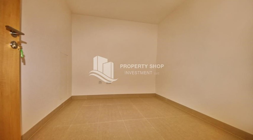Study-2BR apartment on high floor with street view.
