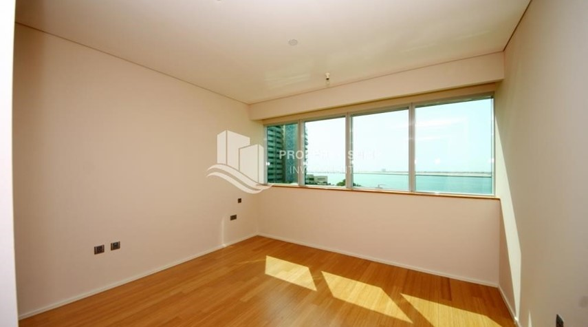 Bedroom-Spacious 3 + M with walk in closet and full sea view!