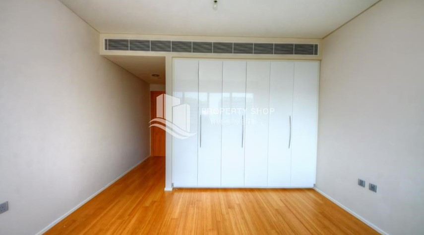 Built in Wardrobe-2 bedrooms with partial sea and canal view