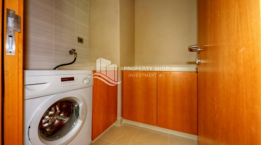 Laundry Room-2 bedrooms with partial sea and canal view