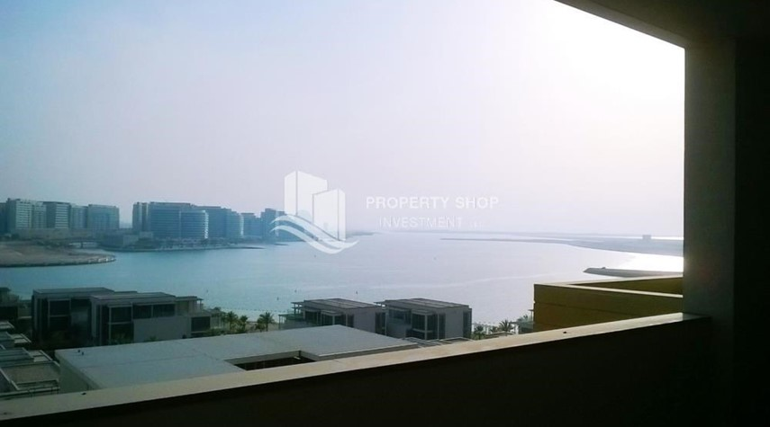Balcony-Full Sea View Duplex with Extra Space of living