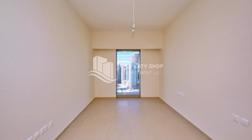 Bedroom-Amazing 2 BR apt in gate tower
