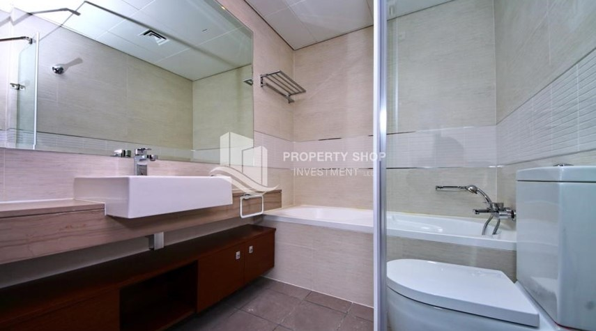 Master Bathroom-Live with a wonderful 1BR Apartment with 6 Payments!