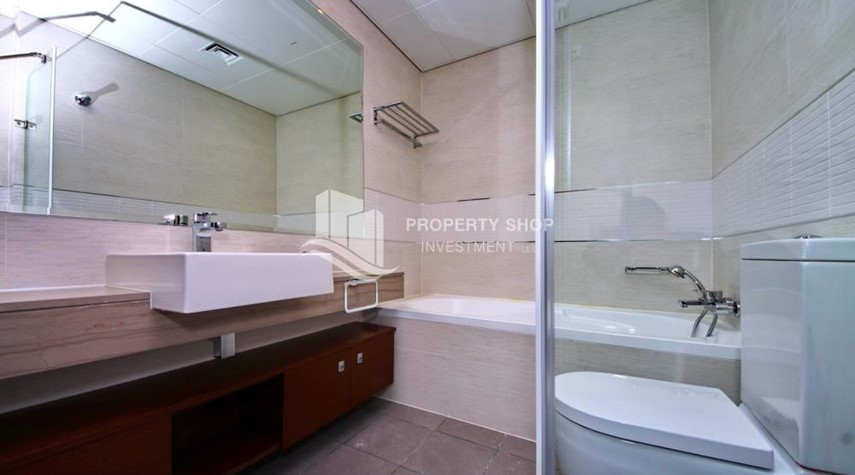 Bathroom-Call the agent and Book for 1BR Apartment with Great Facilities!