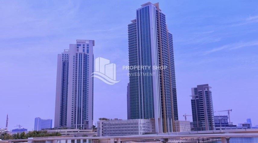 Property-Vacant soon, High Floor Canal View Apt