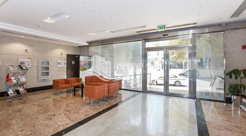 Lobby-High floor 3BR apartment in Mangrove Place with view of the city.