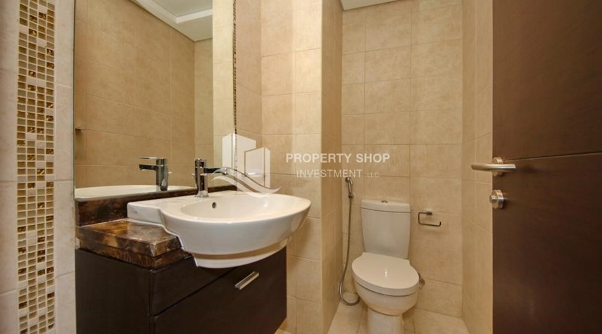 Bathroom-2BR with built in cabinet & balcony for rent in Mangrove Place.