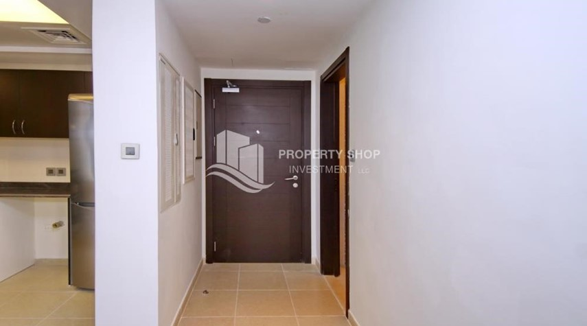 Foyer-2BR with built in cabinet & balcony for rent in Mangrove Place.