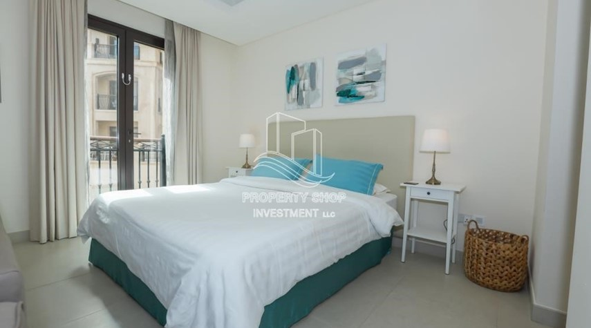 Bedroom-Luxurious Furnished Studio with Parking in St. Regis.