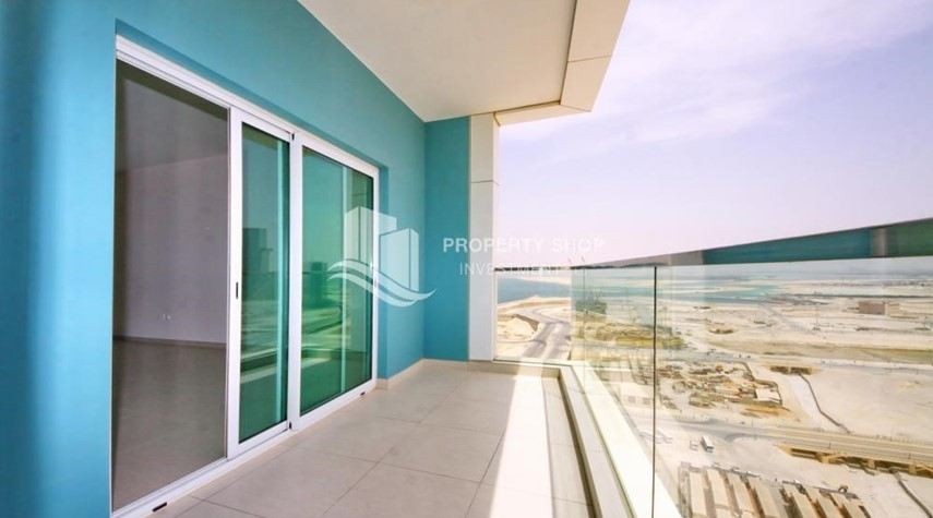Balcony-Mid floor 1BR unit with sea view offered for 4 cheques!