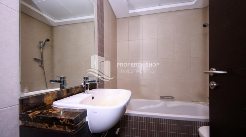 Bathroom-Relaxed ambiance in a community - garden view 1BR Apartment with balcony in Mangrove Place.