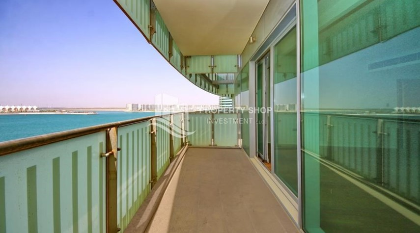 Balcony-Spacious 3+M BR Apt with Partial Sea View