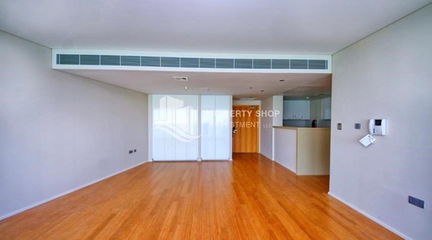 Dining Room-Spacious 3+M BR Apt with Partial Sea View