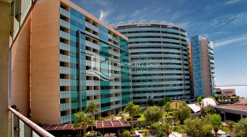 Property-Spacious 3+M BR Apt with Partial Sea View