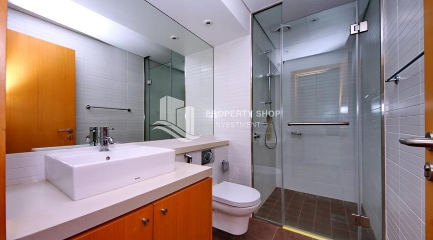 Bathroom-High floor huge unit plus balcony with sea view!