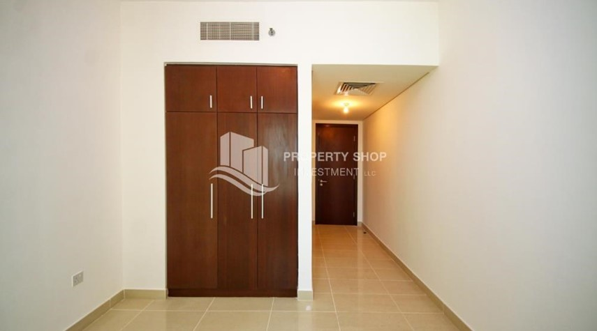 Built in Wardrobe-Inspiring 2 Bedroom Apartment For RENT!