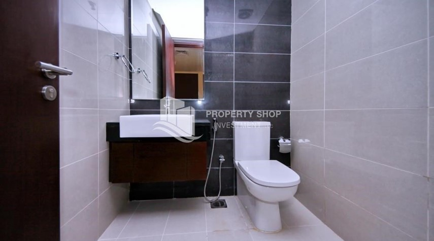 Powder-Mid-floor 2BR Apt with Full facilities.