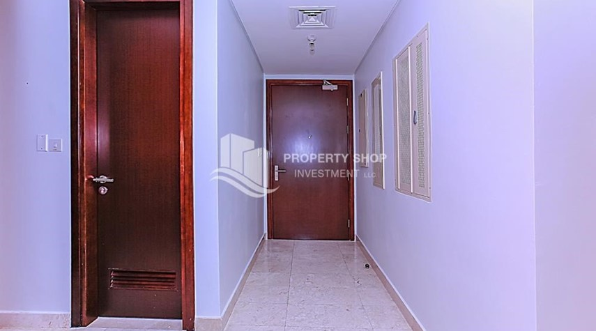 Corridor-Sea View Apt at Excellent Price