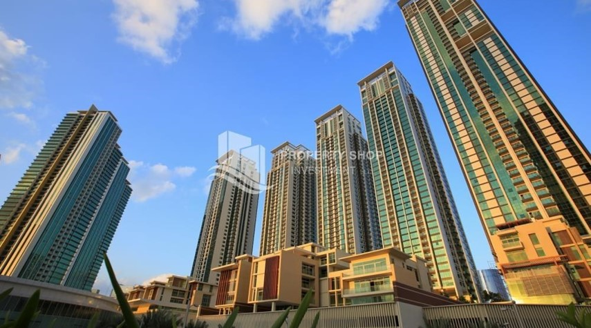 Property-Sea View Apt at Excellent Price
