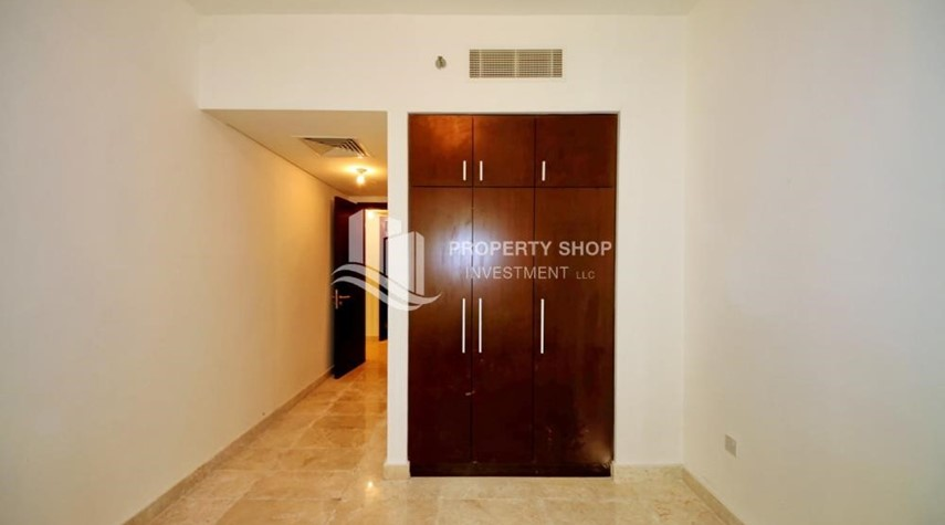 Built in Wardrobe-High floor 2BR Apartment with Balcony