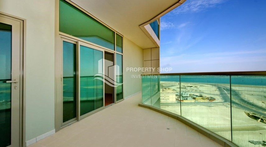 Balcony-Spacious Sea View 1+M BR with balcony.