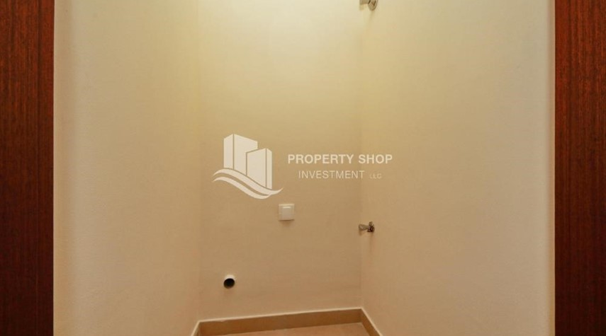 Laundry Room-Spacious Layout, Stunning 1BR Apt with Amazing Facilities. No Commission Fees!