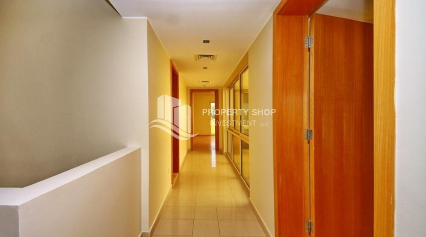 Corridor-3BR Townhouse Type (S) for Sale.