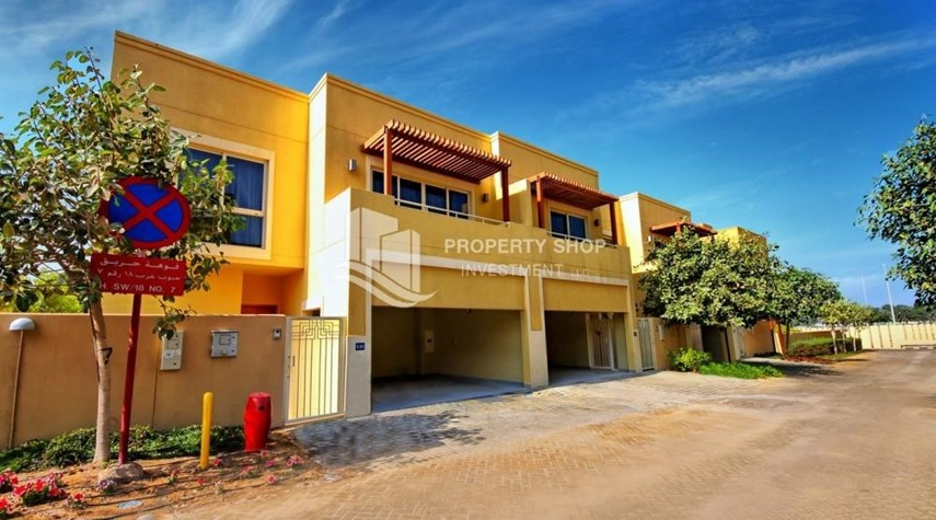Property-3BR Townhouse Type (S) for Sale.