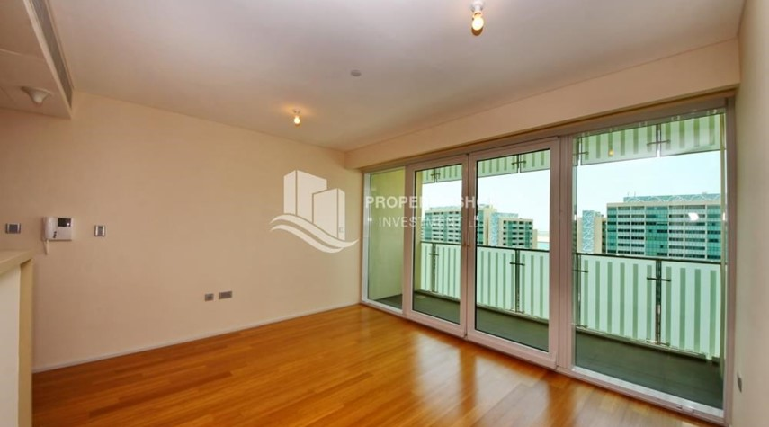 Dining Room-Sea view Apt with high end amenities