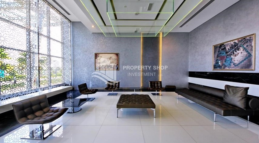 Facilities-High Floor Vacant 3+M BR Apt for rent