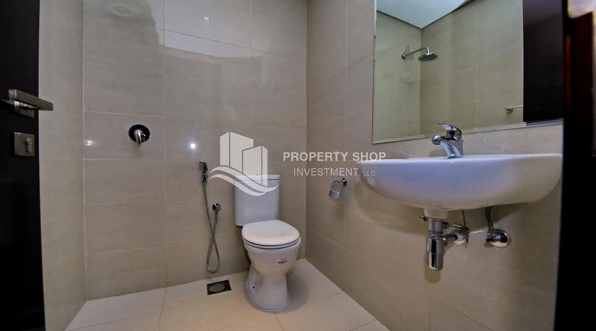 Bathroom-Brand new tower in Al Reem Island ready to move in! Spacious bedrooms!