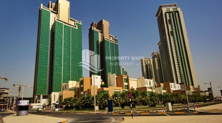 Community-Brand new tower in Al Reem Island ready to move in! Spacious bedrooms!